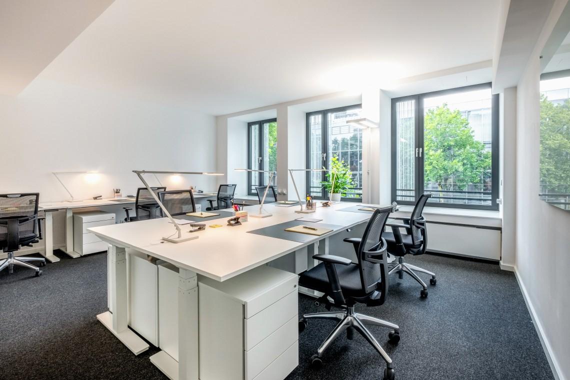 Dedicated Desk für 4 Personen