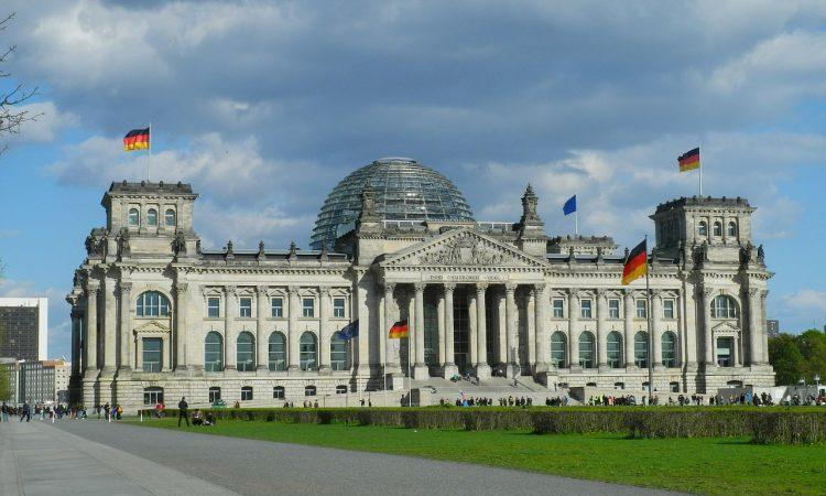 Berliner Reichstag Bundesregierung