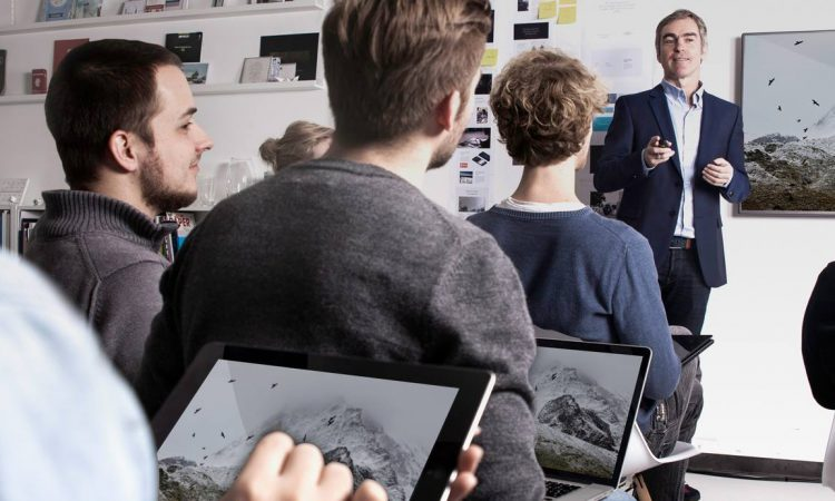 Handout leicht gemacht: Münchner Startup Slideflight erhält siebenstelliges Investment