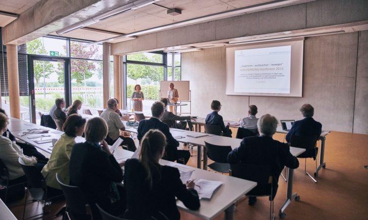 Hochsprung-Konferenz: Wie steht es um die Fehlerkultur?