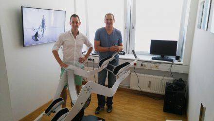 Johannes Scholl (l.) und Michael Schmidt (r.) im Gespräch mit Munich Startup.