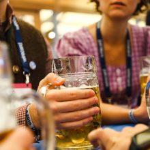 Bier auf dem Oktoberfest-Networking der Bits and Pretzels