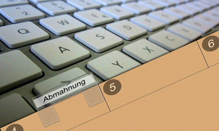 Abmahnungen Keyboard