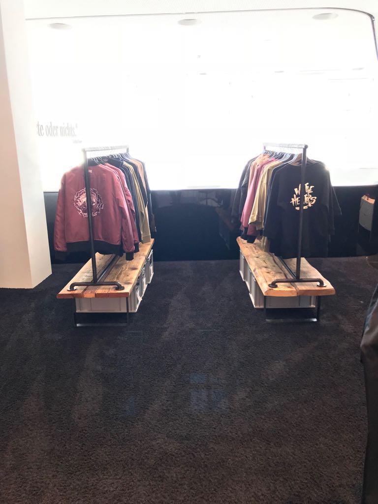 aktion euer startup im mercedes benz popup store munich. Black Bedroom Furniture Sets. Home Design Ideas
