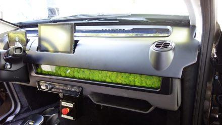 Der Innenraum eines Sion-Probefahrzeugs.