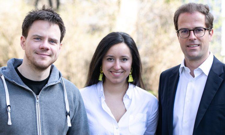 Das Gründerteam von Usercentrics Vinzent Ellissen, Lisa Gradow und Mischa Rürup (v.l., Foto: Raimar von Wienskowski)