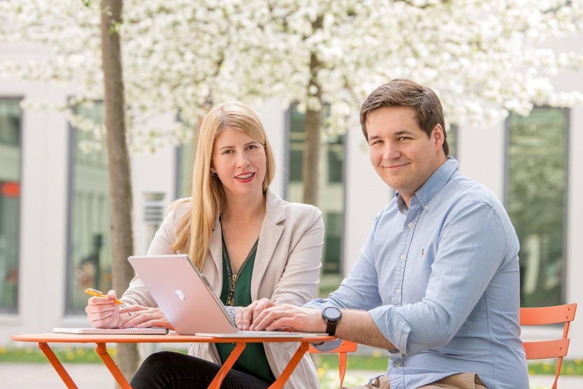 Die Inveox-Gründer Maria und Dominik Sievert (Foto: Astrid Eckert / TU Muenchen)