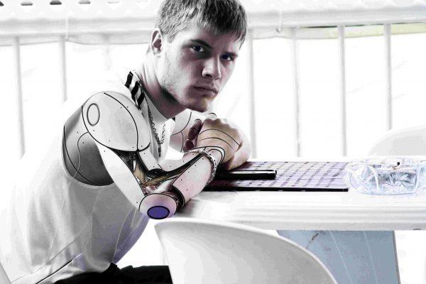 """Leadership & Innovation Talk. """"Do you trust this Robot? Künstliche Intelligenz fordert uns heraus."""""""