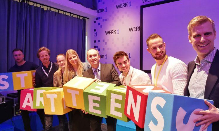 Hubert Aiwanger bei Startup-Teens im Werk1 in München