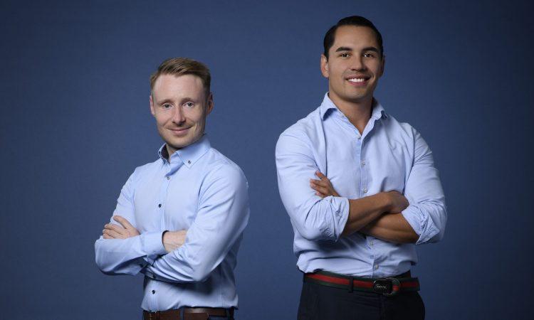 Die Hotelbird-Gründer Korbinian Hackl und Juan A. Sanmiguel (v.l.)
