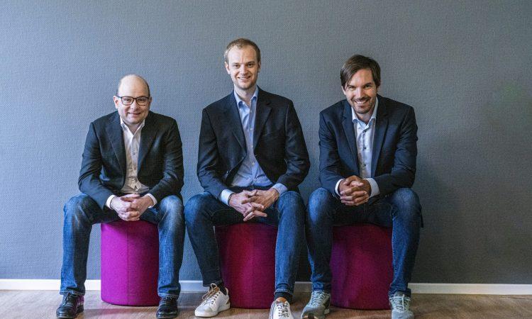 Die Celonis-Gründer Bastian Nominacher, Alexander Rinke und Martin Klenk (v.l.) Corporate Finance Award